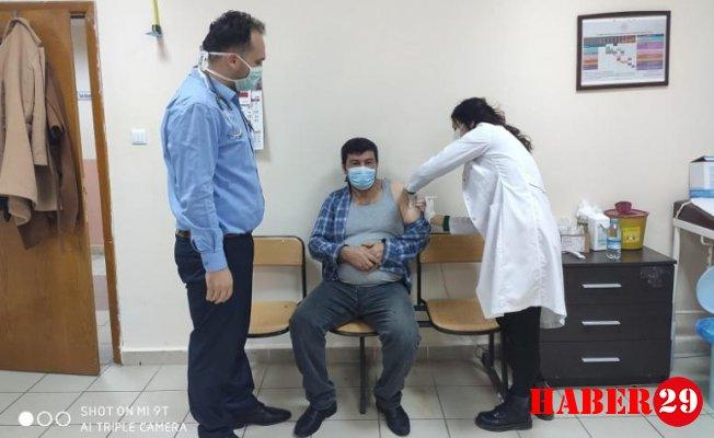 Şiran'da İlk Koronavirüs Aşısı Yapıldı