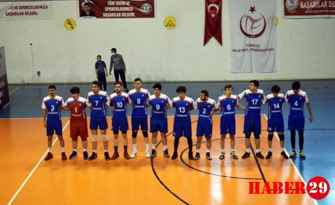 Torul Rahat Kazandı:3-0