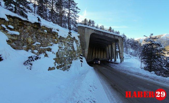 Yıkılmak Üzere Olan Tünelin Altından Yüzbinlerce Araç Geçiyor