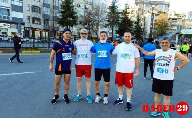 Gümüşhaneli Koşucular Trabzon'da Yarıştı