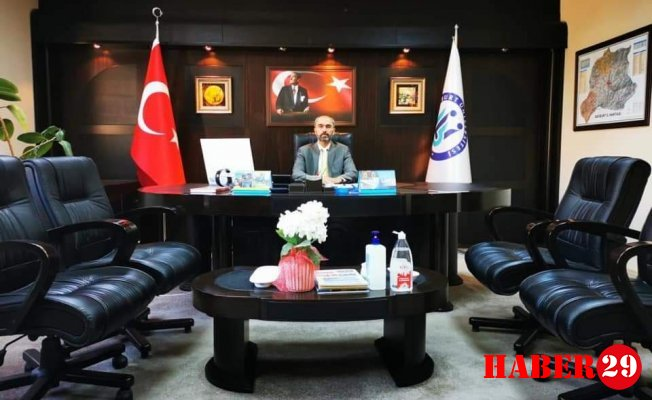 Türkmen Bayburt Üniversitesi Rektörü oldu