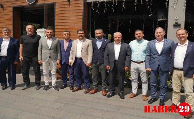 Ayhan Çeçen, İlçe Başkanlarını Ağırladı