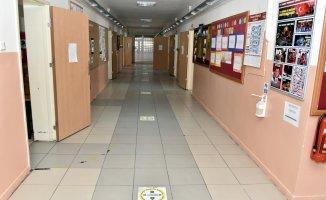 Gümüşhane'deki Köy Okulları Öğrencilerini Bekliyor